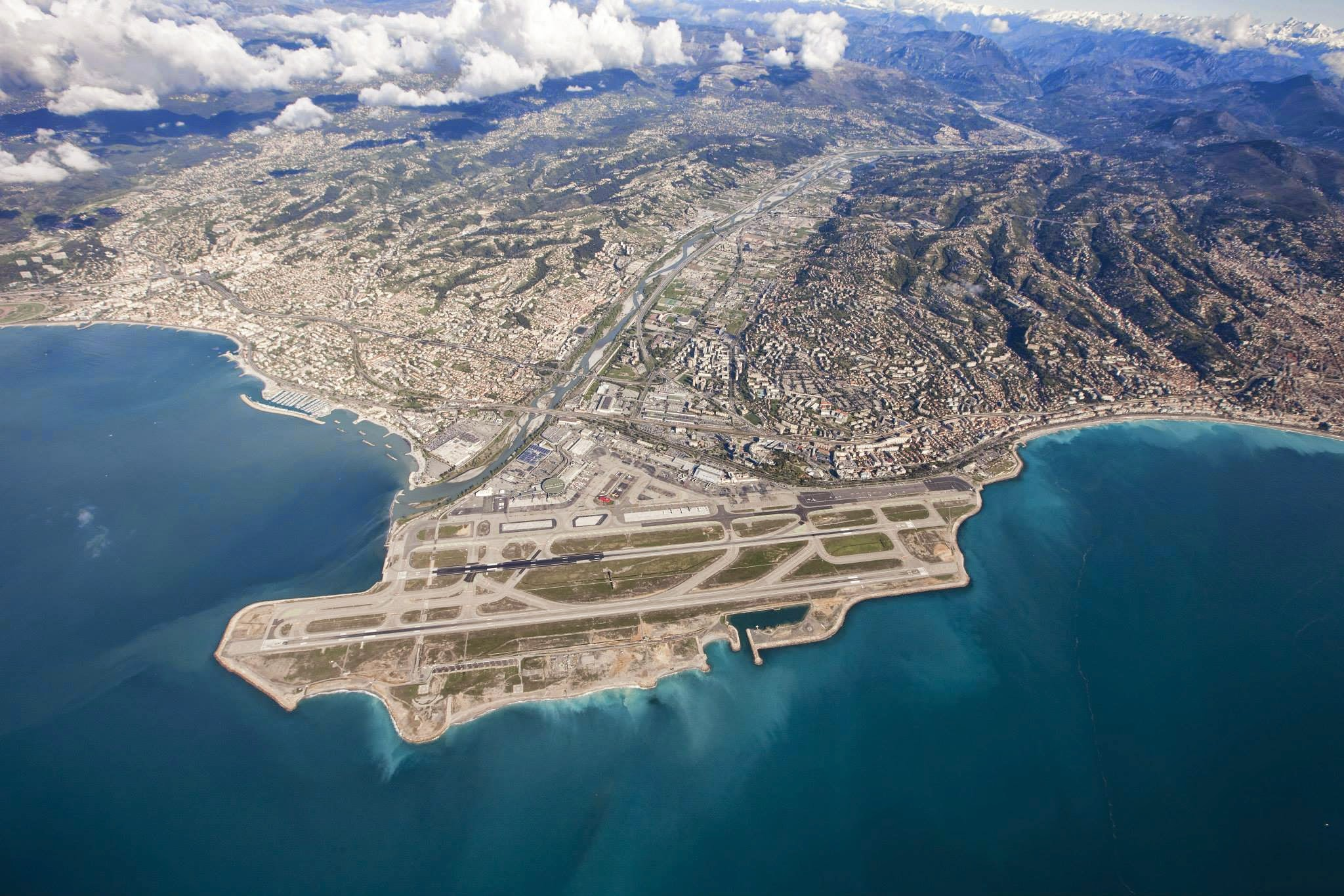 L'aéroport de Nice, choisi comme le 3e plus bel endroit où atterrir sur la planète